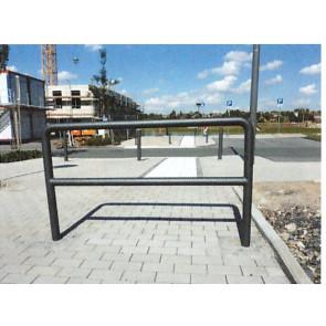 Absperrbügel  aus 60 mm Stahlrohr 1050 mm hoch mit Knieholm zum Einbetonieren RAL-Beschichtet