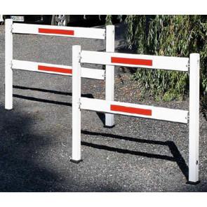 Wegesperre / Gattersperre Aluminium 70x70 mm herausnehmbar und drehbar mit Knieholm 4000 mm Sperrbreite